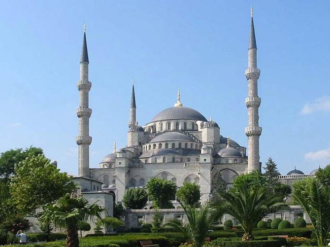 Viaje Grupal a Turquia y Dubai desde Cordoba - Ankara / Canakkale / Capadocia / Estambul / Kusadasi / Pamukkale /  - Buteler Viajes