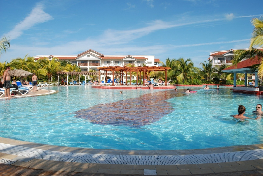 VIAJE GRUPAL A CUBA ENTRE AMIGOS ALL INCLUSIVE - Buteler Viajes