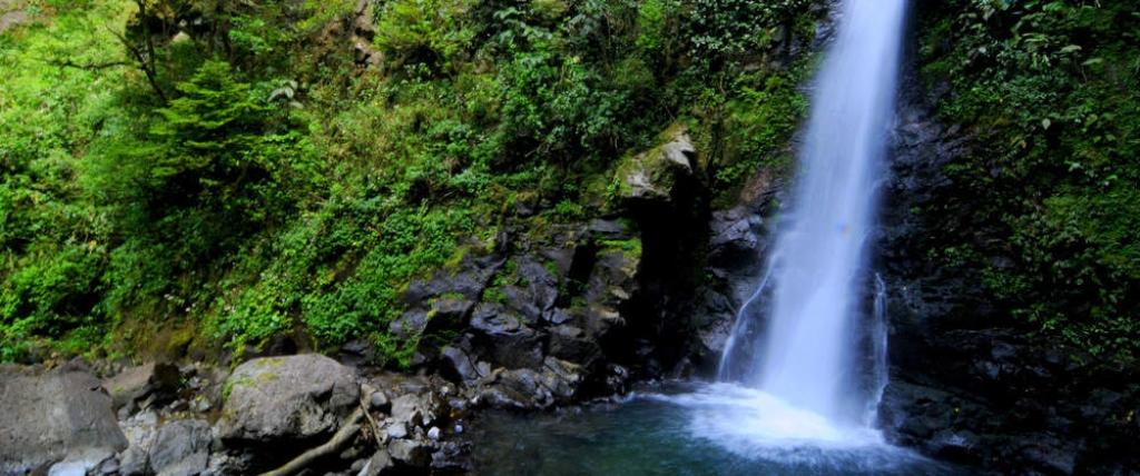 VIAJES A COSTA RICA AL COMPLETO DESDE CORDOBA - Arenal - Costa Rica / Catarata La Paz / Guanacaste / Monteverde / Parque nacional Manuel Antonio / Parque Nacional Tortuguero / Parque nacional Volcán Poás / San José - Costa Rica /  - Buteler Viajes