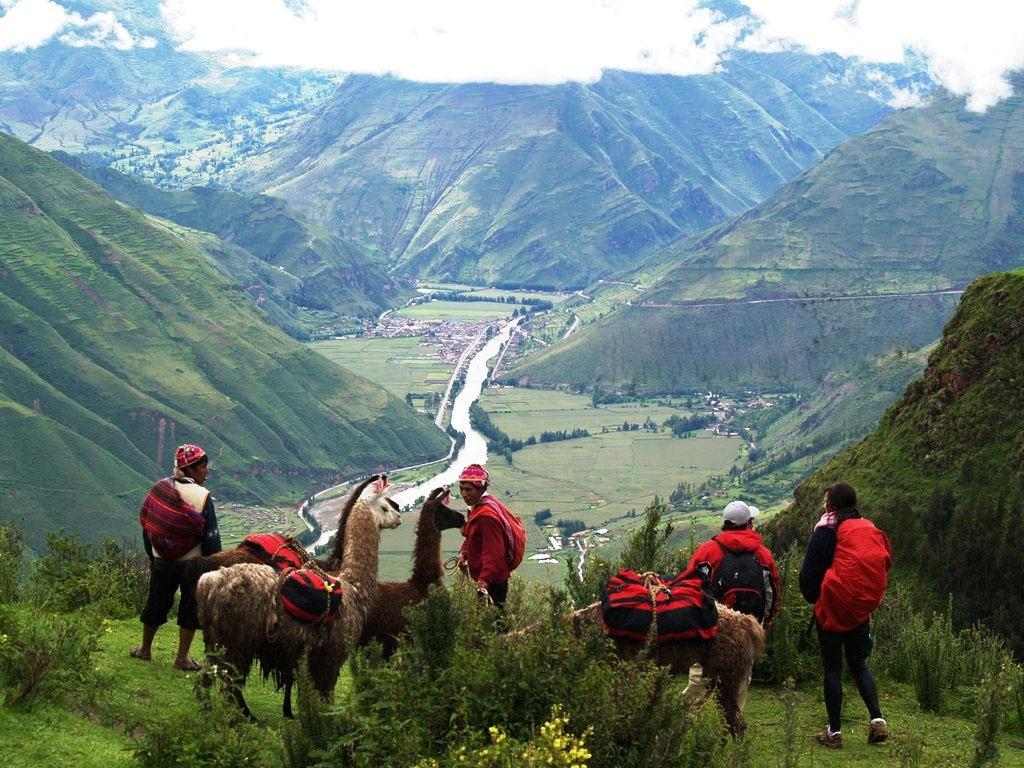 VIAJES GRUPALES A BOLIVIA Y PERU EN BUS DESDE CORDOBA - Buteler Viajes