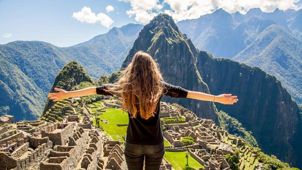 VIAJES GRUPALES EN BUS a CHILE, PERU Y BOLIVIA DESDE CORDOBA - Jujuy / Tilcara / Potosí / Arica / Aguas Calientes / Arequipa / Cusco / Puno / Valle Sagrado de los Incas /  - Buteler Viajes