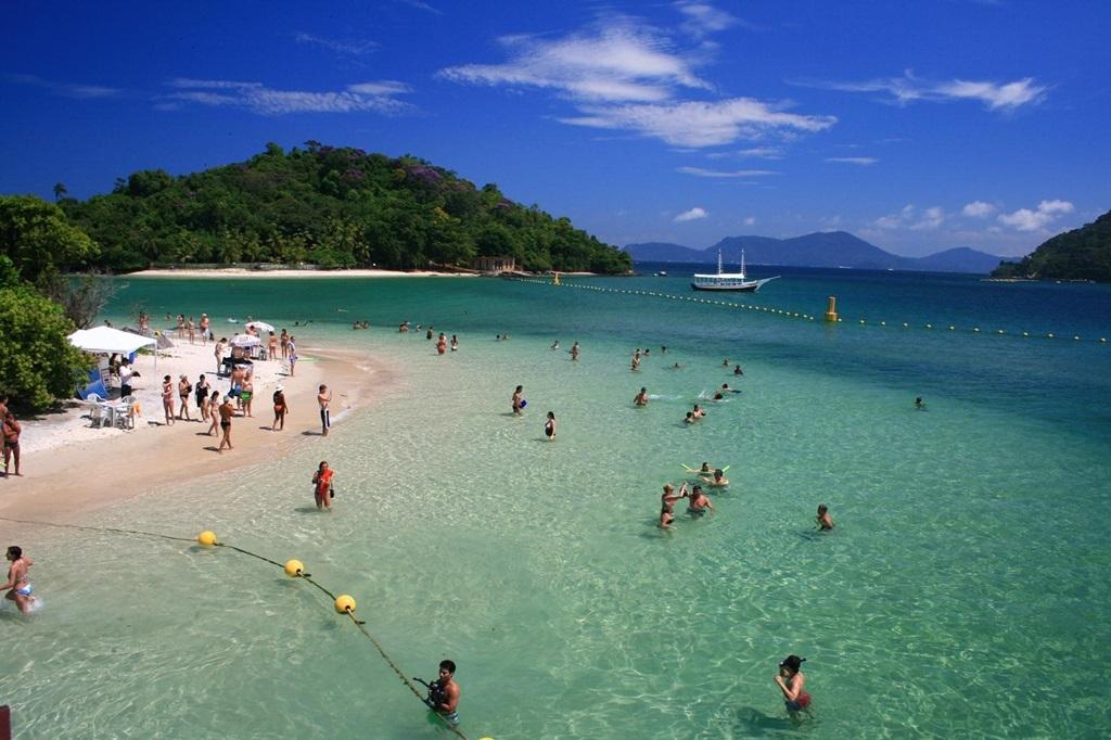 VIAJES PARA QUINCEAÑERAS EN CRUCERO - Buzios / Ilha Grande - Brasil / Rio de Janeiro / Punta del Este /  - Buteler Viajes
