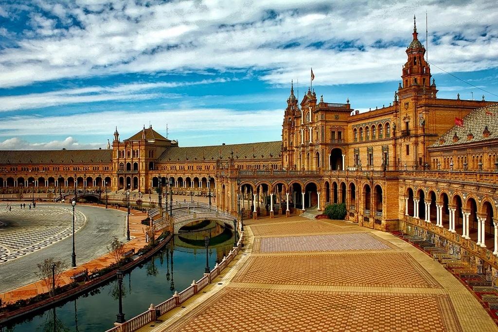 VIAJES GRUPALES A ESPAÑA, MARRUECOS Y CANARIAS DESDE CORDOBA - Buteler Viajes