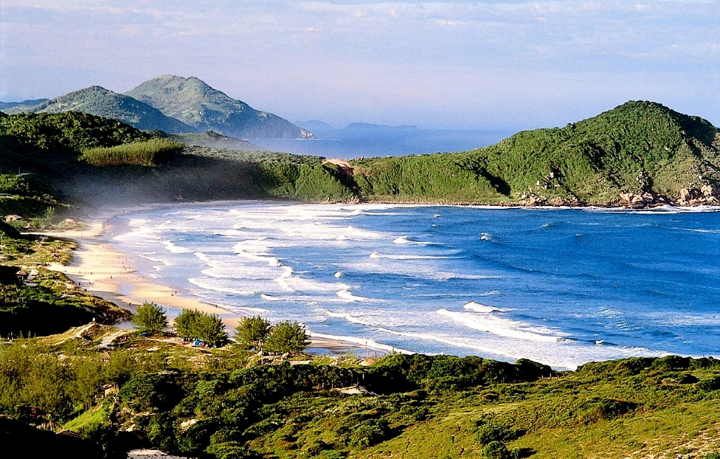 VIAJES A PRAIA DO ROSA DESDE CORDOBA - Praia do Rosa - Brasil /  - Buteler Viajes